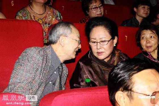陈亮生/斯琴高娃(1949年1月20日—)于1965年进入内蒙古自治区歌舞团...