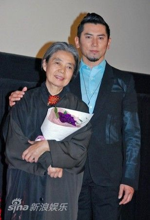 树木希林是本木雅弘妻子内田也哉子的母亲