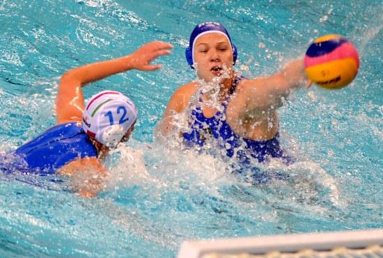 世界女子水球总决赛开战 俄罗斯16比3获胜