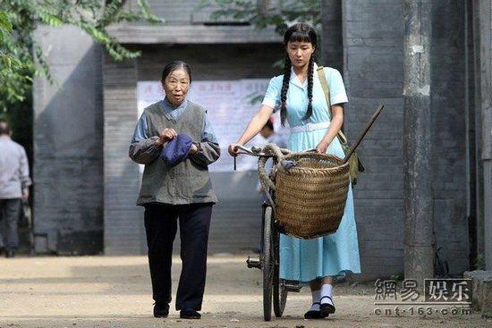 戏《六块六毛六那点事》正在上海、西安等地热播.该剧由实力派演员图片