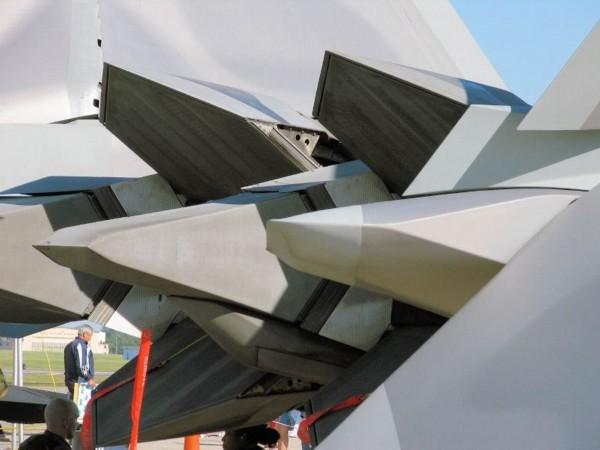 f-22超科幻矢量喷口高清照
