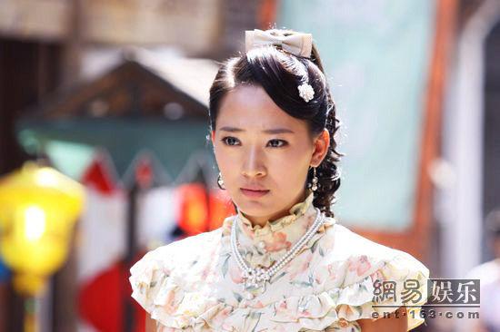 演员秦子越,许绍洋,蒋梦捷等主演的民国传奇大戏《刺青海娘》昨日在湖