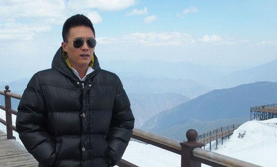 """在《北京青年》前期宣传中,何家""""东西南北""""迥然的性格和不同的感情图片"""
