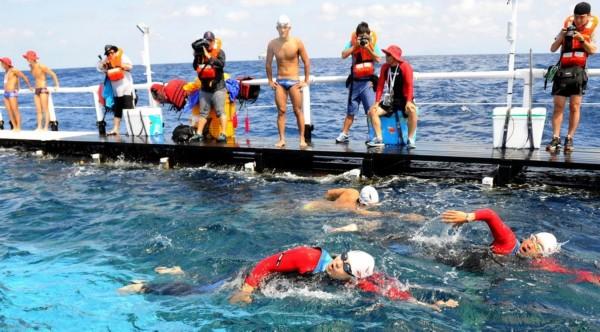 韩国游泳队即将抵达独岛