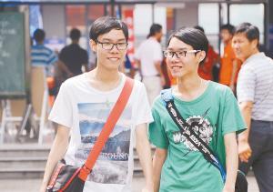 新华报业网讯8月25日,东南大学在全省126所高校中第一个敞高清图片