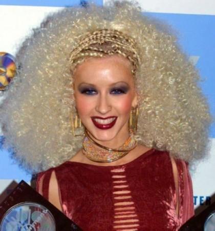 英媒评20大名人最糟糕发型:小贝玉米辫第9(图)图片