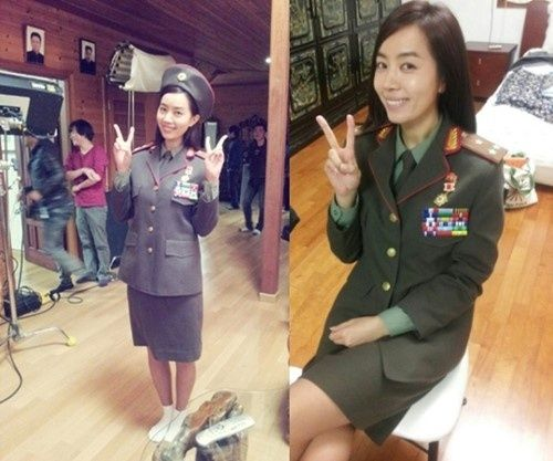 朝鲜女屄_《红色家族》热拍 金有美变身为朝鲜女军官