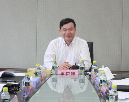 省委统战部理论中心组学习贯彻党的十八大精神