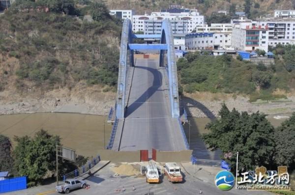 金沙江大桥坍塌 病桥 坍塌影响数万人出行