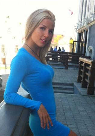 俄罗斯性感极度美女_俄罗斯夜店惊人一幕美女实拍极度性感诱人图