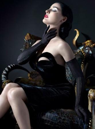 好莱坞明星性感写真 LadyGaga安妮海瑟薇真空艺术照 空灵魅惑肉欲图片