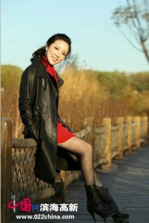 李芊晓爱国歌曲媒体力荐视频首播最视频花成化美军浓妆男人图片