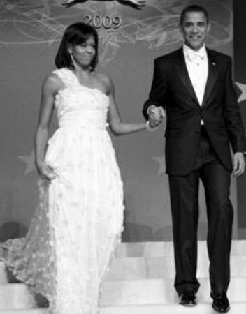 2009年,米歇尔身着吴季刚设计的晚礼服参加奥巴马总统就职晚宴