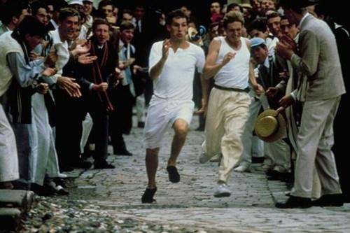 电影 领衔/影片反映了那些虽有心理纠葛但仍向着荣耀而奔跑的男人们的故事...