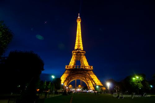 法国颁布节能新规熄灯 巴黎浪漫夜景或黯然(图)