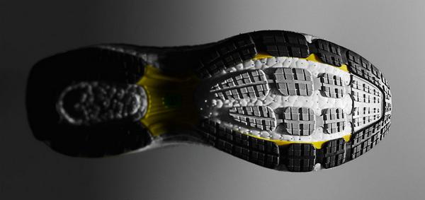 adidas发布全新BOOST缓震科技跑鞋