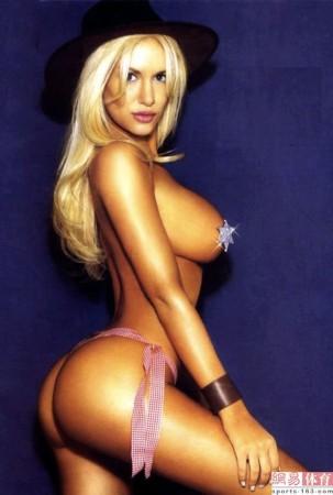伊瓜因/卢西亚娜被誉为是阿根廷最漂亮的女人,她不仅拥有令所有正常...