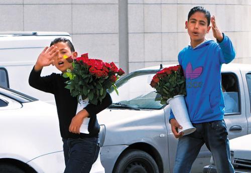 新闻中心 国际新闻 环球扫描    14岁的拉萨姆和12岁的弟弟巴舍尔在