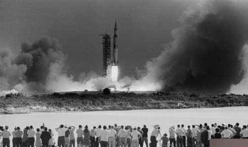 事件 机密/美国阿波罗20号在月球发现远古飞船和三眼女外星人