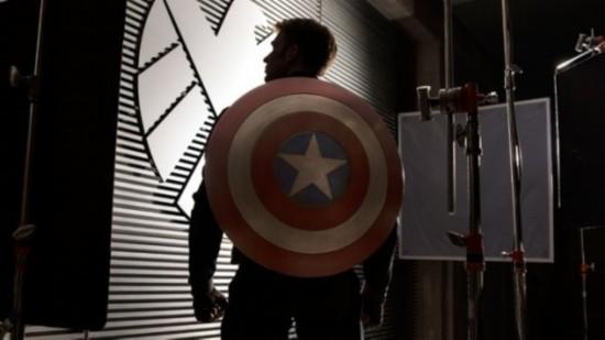 《美国队长2》首张剧照
