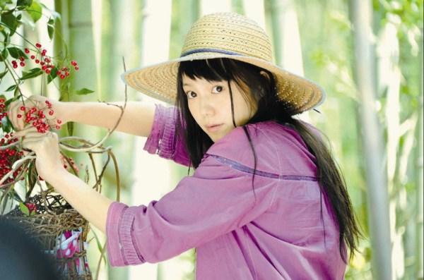 日本女人被黑鬼大鸟搞_向井理《黄色大象》露刺青宫崎葵跟动植物交谈_新闻_南海网