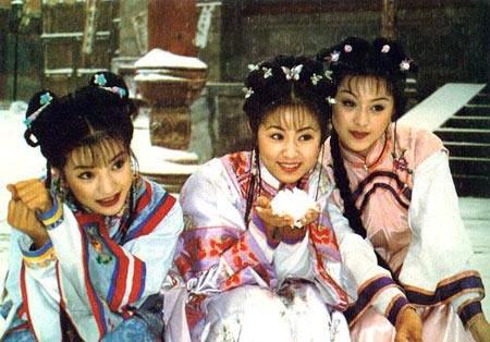 《还珠格格》珍贵幕后剧照-曝还珠珍贵旧照 赵薇范冰冰林心如三姐妹