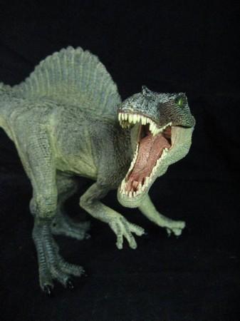 盘点生性残忍恐龙:带羽恐龙猎杀小飞龙(图)__海南新闻图片