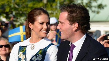 奥尼尔/瑞典公主玛德莲与未婚夫(资料图)