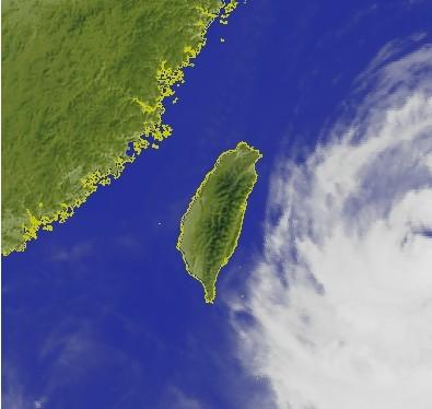 图自台湾联合报-台风 苏力 接近台湾 多数航班白天正常图片