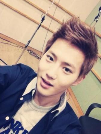 帅哥 洪真京/exo成员SUHO、KRIS、灿烈、DO、LAY五个人上洪真京的2点...