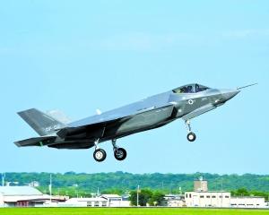 美国F35和中国歼15各有所长