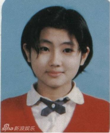 盘点谢娜张杰林依晨等当红明星的童年萌照(图