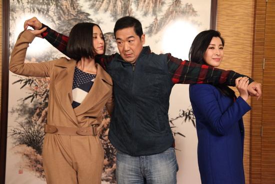 《老公的春天》今晚开播 张歆艺倒追张国立(图)