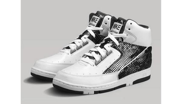 詹姆斯/进入秋季球鞋市场上的好鞋仍旧层出不穷,从Air Jordan 5慈善基金...