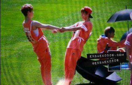 EXO韩星v图片卖萌耍宝大搞怪图片包委屈字表情带可爱图片图片