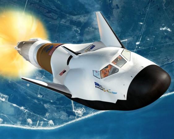 """而""""神龙""""跨大气层飞行器则由成都飞机研究所设计."""