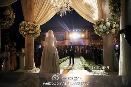 池城和李宝英的结婚现场照片公开 浪漫上演韩