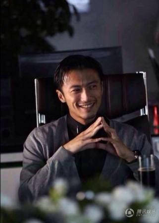 谢霆锋上海开酒吧老板架势十足 看场地似拍电影图片