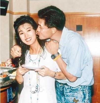 张学友/张学友罗美薇张家辉盘点相守20年的模范夫妻
