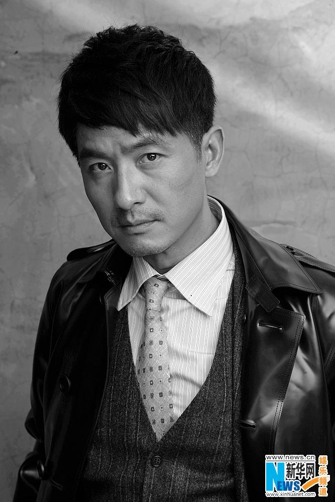 高清:郭晓冬写真硬朗朋克 秋冬皮衣显大叔时尚