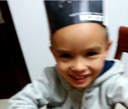 可爱的儿子,龚琳娜曝光帅气的混血儿子,5岁帅哥海酷和3岁正太雅酷也
