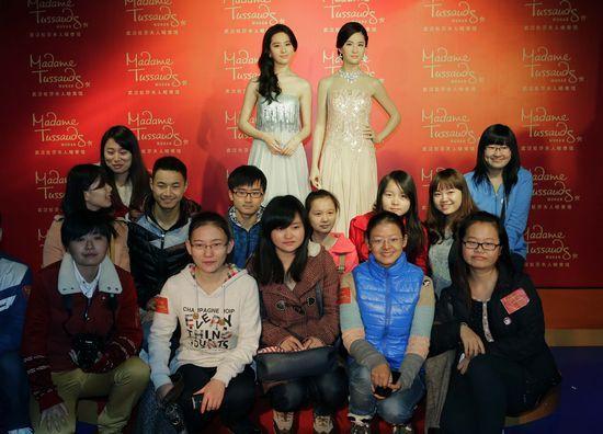 刘亦菲蜡像入驻武汉 高贵冷艳范形象逼真
