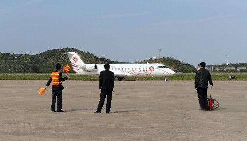南海网 新闻中心 娱乐新闻 娱乐八卦    本山私人飞机内景曝光.