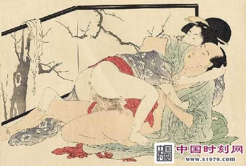 日本春宫图火爆网络:情色与色情之前的区别__