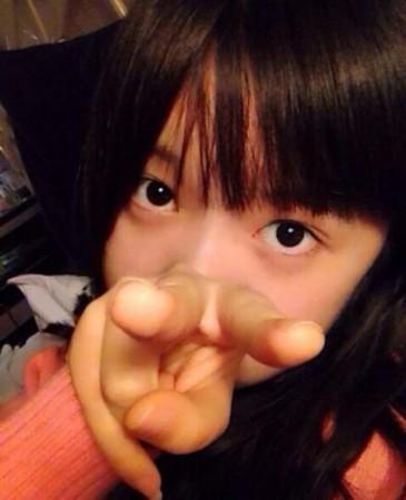 徐娇晒素颜自拍表现乐观   搜狐娱乐讯近日,15岁的徐娇曝光多张素颜