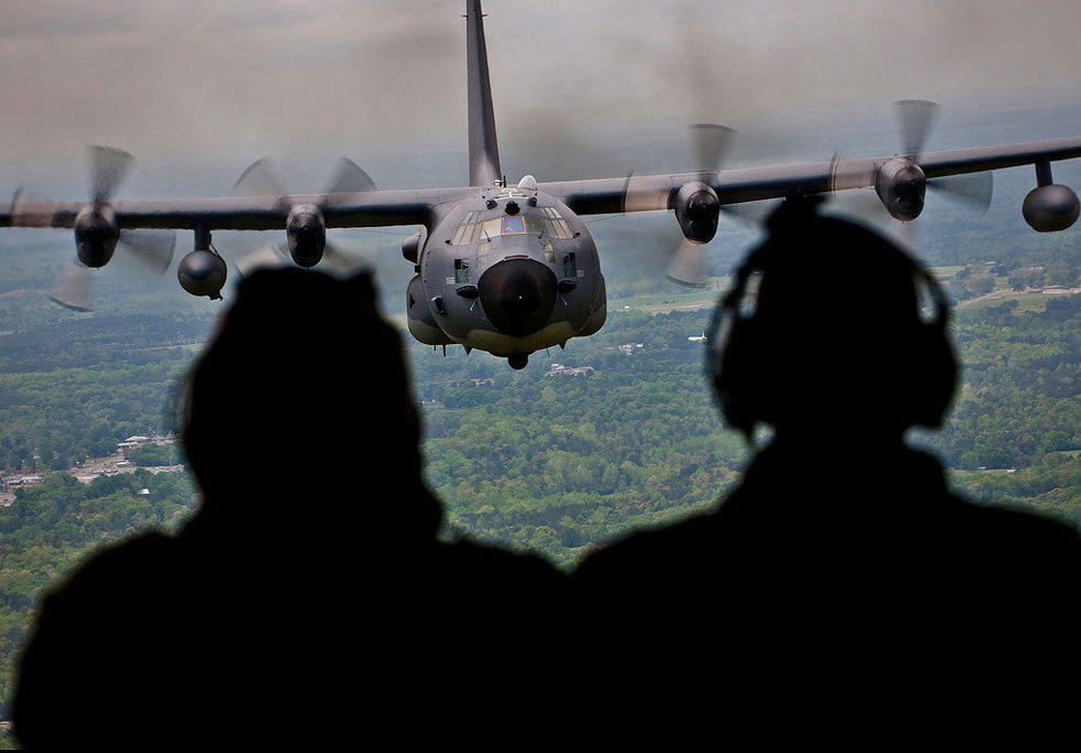 组图:2013年度美国空军最佳照片