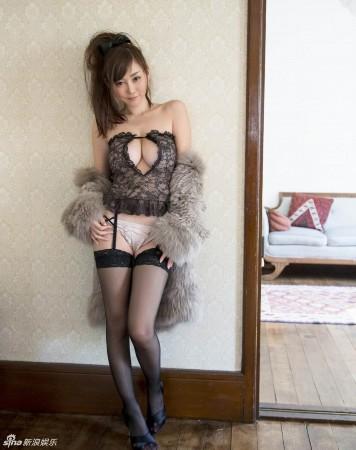 苍井空 写真/媒体评十大扛鼎流量写真女优杉原杏璃