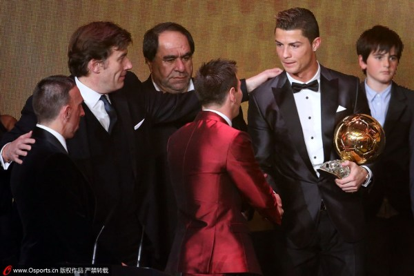 欧冠史上最佳进球_梅西称C罗夺金球奖实至名归 内马尔:CR7是我偶像__海南新闻网_南海网