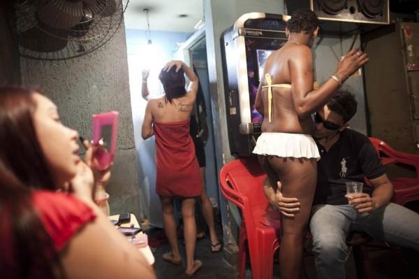 揭亚洲最大红灯区 惊看世界各地色情业