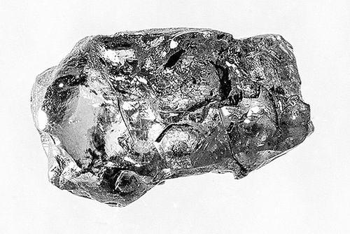 钻石瑕疵揭示地幔掺水之谜